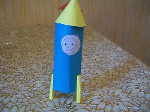ракета из картона своими руками