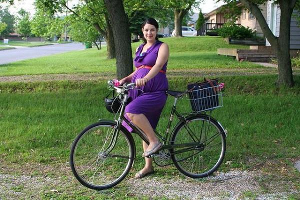 Ездить на велосипеде беременным