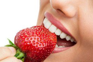 Отбелить зубы в домашних условиях