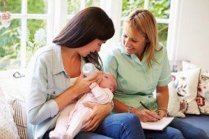 Как долго идут ВЫДЕЛЕНИЯ ПОСЛЕ РОДОВ (лохии)? Как избежать осложнений, Семья и мама