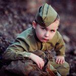 Что подарить ребенку на 23 февраля