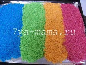 Как покрасить крупу рис для поделок и сенсорной коробки пищевыми красителями гуашью акварелью акриловыми красками