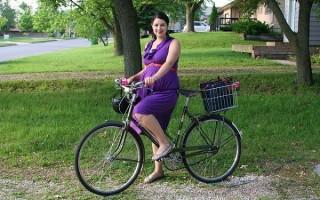 Можно ли во время беременности кататься на велосипеде