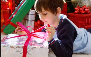 Что подарить мальчику в 12 лет