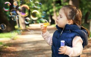 ТОП-17 игр чем занять ребенка в очереди или транспорте