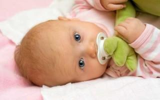 Пошаговая инструкция как приучить ребенка к сосанию пустышки быстро