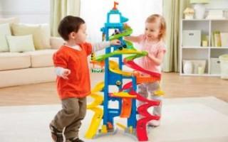 Что подарить ребенку на 2 года: идеи подарков для мальчиков и девочек