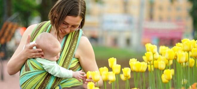 С какого возраста можно носить ребенка в кенгуру или слинге