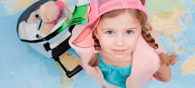 Собираемся на море с ребенком: список того, что обязательно надо взять с собой