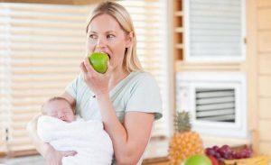 какие фрукты можно маме кормящей