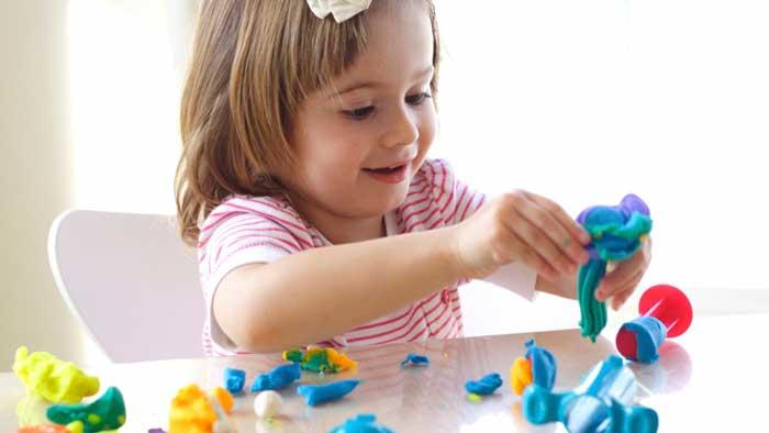 Что можно делать с ребенком дома которому 3 года thumbnail
