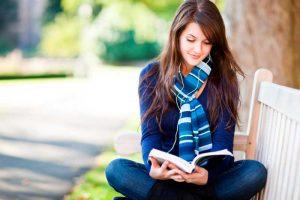девушка-с-книгой