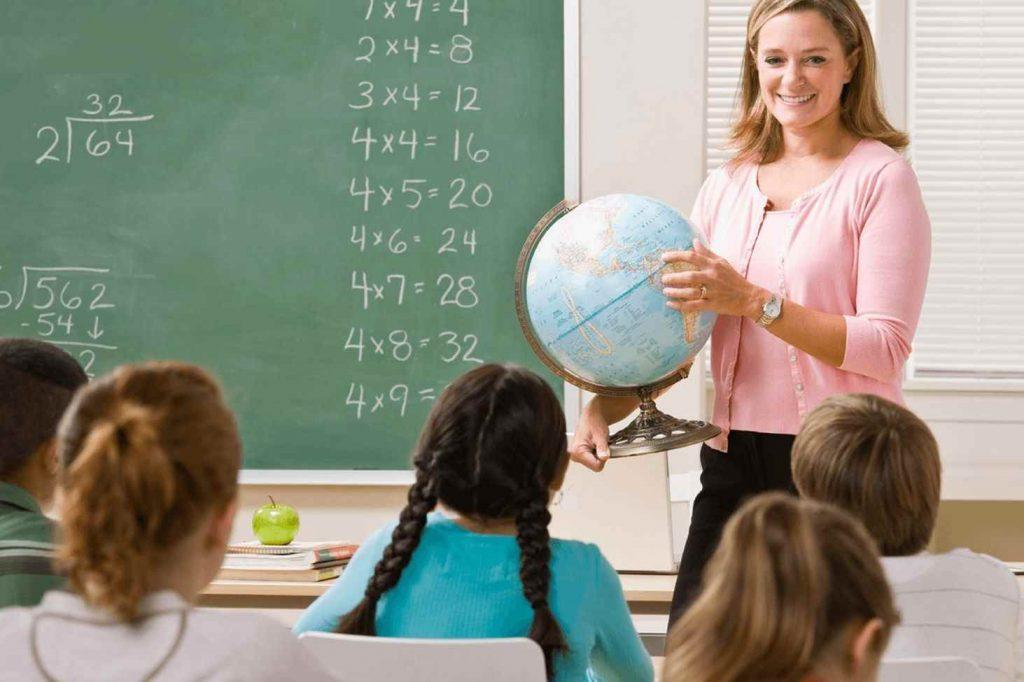 Стихи для классного руководителя на день учителя