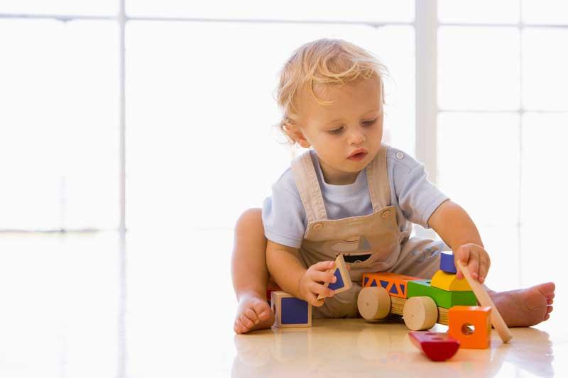Что должен уметь ребенок в 1.5 года (девочки и мальчики). Развитие ребенка в полтора года