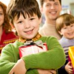 Что подарить воспитателям на день дошкольного работника: лучшие идеи