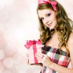 Что подарить девочке в 12 лет
