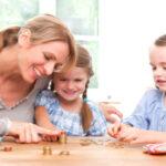 Как правильно давать деньги ребенку на карманные расходы
